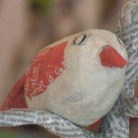 Comment réaliser un oiseau sur sa branche en papier mâché - Marie Claire Idées