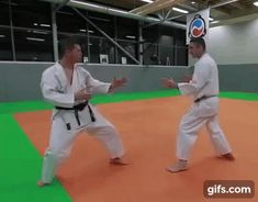 Ways to improve your comprehension of martial arts workout Self Defense Moves, Self Defense Martial Arts, Best Martial Arts, Martial Arts Styles, Martial Arts Workout, Mixed Martial Arts, Fight Techniques, Martial Arts Techniques, Self Defense Techniques