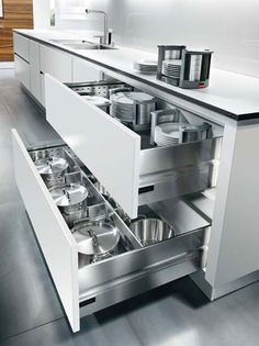 Utilise every bit of space by using deep drawers, which keep your things easily to hand while you're cooking.