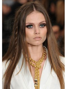 Fall 2012 Beauty Trends - Rachel Zoe features 60's - 70's inspired vibe with boho-hippie influence complemented by a strong cat eye. Stunning...beautiful