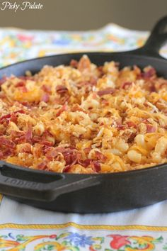 Skillet Baked Mac and Cheese with Bacon Pretzel Topping from @jennyflake