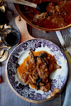 Fricandó Cocotte Le Creuset, Carne, Beef, Cooking, Healthy, Ethnic Recipes, Food Ideas, Spanish, Live