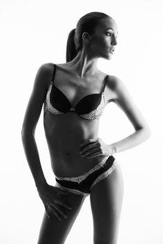 Swim & Underwear - Beat Baschung Fotografie Winterthur, Models, Beats, Bikinis, Swimwear, Underwear, Swimming, Basel, Fashion