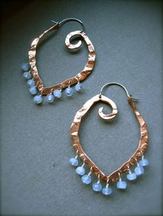 Gorgeous hammered wire hoops
