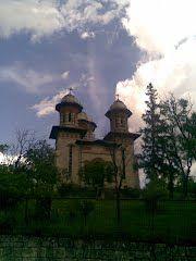 Panoramio - Photo of Biserica Tohani by www.unuacolo.blogspot.com