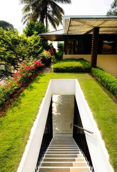Tannga House by Guz Architects