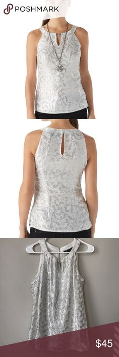 White House black market silk top WHBM sliver baroque shimmer top in white and sliver. Keyhole front with buckle, small keyhole back with hook eye closure, side notch hem. Fully lined! White House Black Market Tops