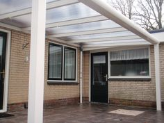 Instalaci n 7 p rgolas gim nez ganga p rgola bioclim tica saxun pinterest roof ideas for Buiten patio model