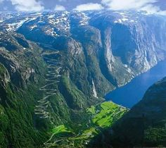 Lysefjorden,norway - oh mh..its a very beautiful pic that i really like wanna hug it!! Awesome!!!!