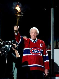 Tribute to Jean Béliveau - Montréal Canadiens - News Montreal Canadiens, Nhl, Club, Hockey Memes, Canadian History, Sports Figures, National Hockey League, Hockey Players, We The People