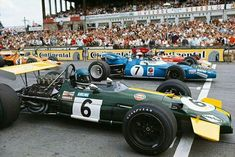 1969 German GP, Nurburgring : Start (front row) 1-Jacky Ickx,  Brabham BT26A #6, Motor Racing Developments (Winner) 2-Jackie Stewart, Matra-Ford MS80 #7, Matra International (2nd) 3-Jochen Rindt, Lotus-Ford 49B #2, Gold Leaf Team Lotus (ret). (ph: motor--sport.com)
