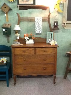 Nice old oak wash stand with vintage accents.