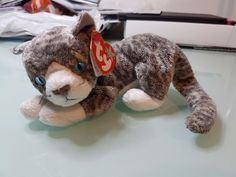 0898aeaff5a PURR THE CAT - TY BEANIE BABIES  4346 with Tag and Protector