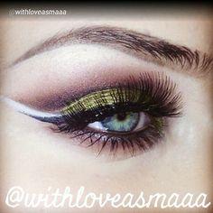 Isn't gorgeous this makeup by @withloveasmaaa? Just kill me that colors and application ツ Follow  beautiful  Asmaaa @withloveasmaaa @withloveasmaaa @withloveasmaaa @withloveasmaaa @withloveasmaaa #vegas_nay #wakeupandmakeup #TheAmazingWorldOfJ #auroramakeup #anubismakeup #anastasiabeverlyhills #gorgeouskb #hellofritzie #loucaspormaquiagem #makeupbymia #makeup_loooks33 #Maya_mia_ #makeupdolls #melformakeup #makeupbyyeya1