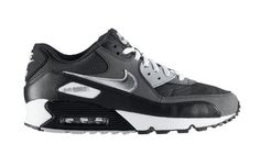 nike-air-max-90-available-1