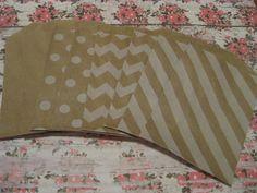 Kraft Brown Paper Bags -- Favor Goody Baked Goods -- 12 Count -- 2.75 X 4. $2.75, via Etsy.