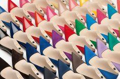Made To Order: o superexclusivo serviço da Prada chega ao Brasil O serviço da Prada de customização de sapatos sob encomenda finalmente desembarca no Brasil com a abertura da nova loja da grife por aqui, localizada no shopping Cidade Jardim, em São Paulo