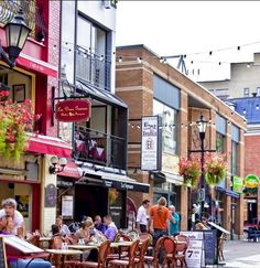 Outdoor dining in Old Montreal.