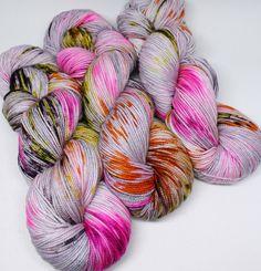 Hand Dyed Speckled Sock Yarn - SW Sock 80/20 - Superwash Merino Nylon - 400 yards - Killer Queen by SpunRightRound on Etsy https://www.etsy.com/listing/255863127/hand-dyed-speckled-sock-yarn-sw-sock