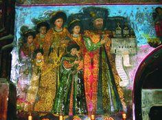 """Mănăstirea Cetățuia (Iași) - """"familia Domnului Gheorghe Duca: domnitorul Gheorghe Duca, Doamna Anastasia, Doamna Ecaterina (probabil soacra domnitorului), Constantin Duca (care va domni între anii 1693-1695 și 1700-1703), fiica sa Elena (viitoarea soție a cronicarului Nicolae Costin), fiica sa Maria, alături de un alt copil, al cărui nume nu se poate descifra (se găsește pe peretele vestic al pronaosului. ultimul mare ansamblu de pictură murală din Moldova în linia tradițiilor…"""