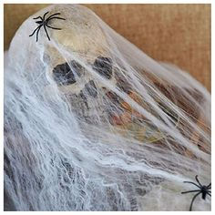 Mangotree Halloween Skelett Hänge Deko Hängedekoration Totenkopf Gruselige Befehl Stimme Grusel Sensenmann für KTV Bar Haunted House (Einheitsgröße, ❤️ Spinngewebe (4 Stück))