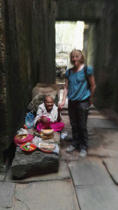 Saggi incontri, Ang Kor, Cambogia