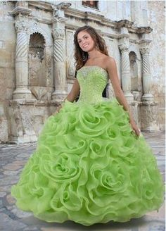 Custom quinceanera dresses in bright colors! These quince dresses can be made in any color. Lots of vestidos de quinceanera to choose from. Lime Green Prom Dresses, Green Wedding Dresses, Green Dress, Bridal Dresses, Wedding Gowns, Bridesmaid Dresses, Prom Gowns, Robes Quinceanera, Pretty Quinceanera Dresses