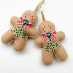 Embroidered Felt Gingerbread Man Christmas Decoration Happy New Year Felt Christmas Decorations, Christmas Ornament Crafts, Christmas Sewing, Noel Christmas, Christmas Projects, Felt Crafts, Handmade Christmas, Holiday Crafts, Embroidered Christmas Ornaments