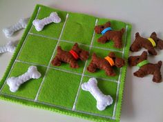 Kids Tic Tac Toe game set Dogs and Bones by twinsandcrafts, $45.00