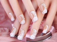 French unghie finte bride short fake full cover press on false nails decorated 24 pcs Wedding Nails, Wedding Rings, Nails 2016, 3d Nails, Nail Tips, Wedding Favors, Wedding Styles, Diamond Earrings, Finger