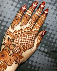 henna -A passionat Palm Mehendi e belief in your business and personal objectives can make all the difference between success and failure. New Henna Designs, Latest Arabic Mehndi Designs, Rose Mehndi Designs, Full Hand Mehndi Designs, Modern Mehndi Designs, Mehndi Design Pictures, Mehndi Designs For Girls, Wedding Mehndi Designs, Mehndi Designs For Fingers