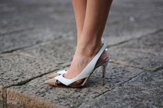 Zina  @ Fashionvibe Christian Louboutin : white leather 'Air Chance 100' sling back pumps