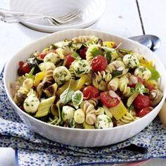 Nudelsalat mit geröstetem Gemüse Rezept