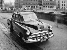 Da taxi var et fremmedord Oslo, Old Cars, Taxi, Dodge, Mercedes Benz, Antique Cars, Chevrolet, Museum, Bmw