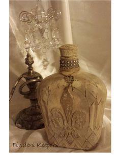 Plaster fleur de lis stencil on crown royal bottle with Annie Sloan #chalkpaint