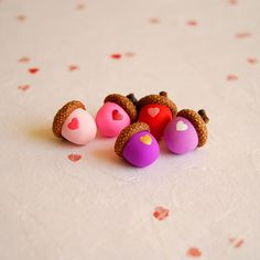 Painted acorns with hearts #diy