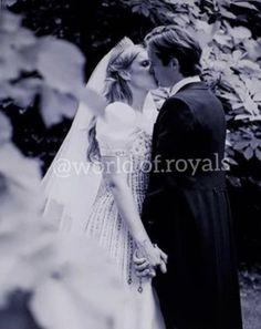 Princess Beatrice Wedding, Princess Eugenie, Royal Princess, Celebrity Wedding Photos, Celebrity Weddings, Royal Brides, Royal Weddings, The Queens Children, Princesa Beatrice