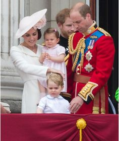 Herzogin Catherine, Prinz William, Prinz George, Prinz Harry, Prinzessin Charlotte