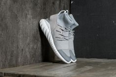 adidas Tubular Doom Winter Grey Two/ Grey Two/ Vintage White at a great price 188 € buy at Footshop