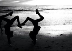 #gymnastic #sea #friends