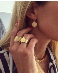 Jewelry Accessories for Women – Fine Sea Glass Jewelry Coin Jewelry, Sea Glass Jewelry, Jewelry Necklaces, Jewelry Accessories, Fashion Accessories, Jewelry Design, Fashion Jewelry, Modern Jewelry, Custom Jewelry