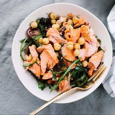 We often think about the amount of fat in our meals, but how often do you think about the healthy fats in your meals?  Essential fatty acids as important as they actually help you to feel full and may even lower leptin levels, the so-called hunger hormone!  #plantbased #UdosChoice