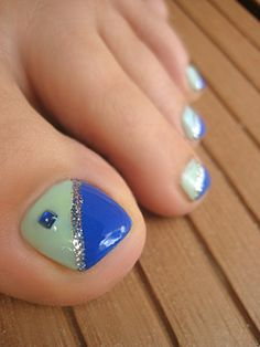 Toenail Art Designs, Pedicure Designs, Pedicure Nail Art, Nail Polish Designs, Toe Nail Art, Posh Nails, Pretty Toe Nails, Painted Toes, Feet Nails