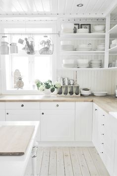 Clean and organized white kitchen, wow.