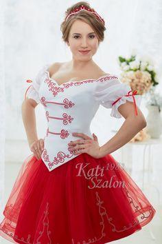 69A- Piros-fehér menyecske ruha magyaros sujtással díszítve, tüllös, pörgős rövid szoknyával. Victorian, Cosplay, Bride, Wedding, Clothes, Dresses, Design, Style, Fashion