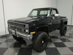 trucks chevy old Jeep Pickup Truck, Classic Pickup Trucks, Lifted Chevy Trucks, Chevrolet Trucks, Diesel Trucks, Ford Trucks, Truck Drivers, Gmc Suv, Dually Trucks