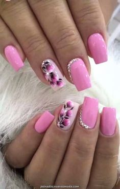 Gel Nail Designs With Flowers, specially these 5 gorgeous latest options will always give you a holly feelings and fresh feelings at any time and any situation. Hope you want to carry it with you for Nail Designs Spring, Gel Nail Designs, Flower Designs For Nails, Nails Design, Fingernail Polish Designs, Nail Nail, Winter Nails, Spring Nails, Summer Nails