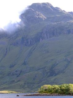 Mweelrea Mountain by wolfhoundireland, via Flickr