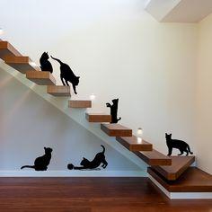 Vinilo Decorativo - Siluetas de Gatos. Encuéntralo en www.pick2stick.com por 42,15€ El Pack incluye 6 gatitos a escala real. Medidas del pack 90 cm x 90 cm