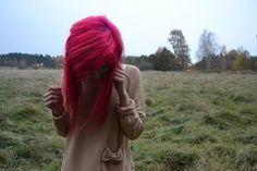 hot pink hair :)